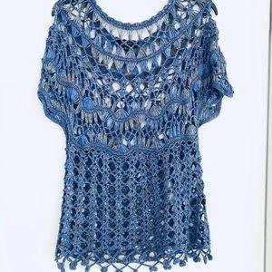 Worn 1x like new gorgeous crocheted top Lg